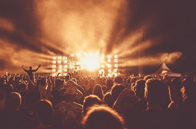 Concerti rimandati al 2021